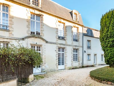 Photo for Cozy Apartment in Bayeux with terrace and private secured parking
