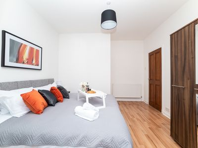 Photo for Cosy Bellshill Apartment - few minutes from train station
