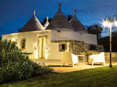 Photo for MAEL'S ALCOVA - Enchanting trullo near Ostuni - upper Salento