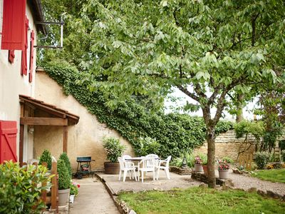 Photo for Volnay: House with garden surrounded by vineyards - Volnay