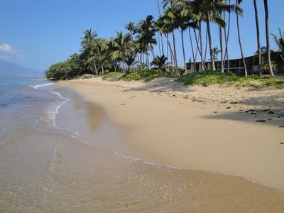 Hale Kai O'Kihei -- right on the beach, steps to sand and surf -- awaits you!