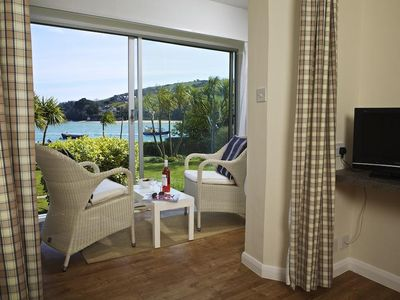 Photo for 7 THE SALCOMBE, with pool in Salcombe, Ref 995171