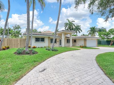 Photo for Large Pool Home in the heart of Fort Lauderdale