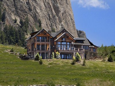 Luxury 6000 sq ft home sweeping views ho vrbo for 6000 sq ft house