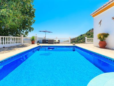 Photo for Wonderful private villa for six people with A/C, WIFI, private pool, TV and parking
