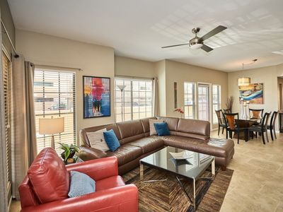 Photo for Contemporary Scottsdale Condo Near Old Town & McCormick Ranch