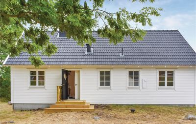 Photo for 4 bedroom accommodation in Figeholm