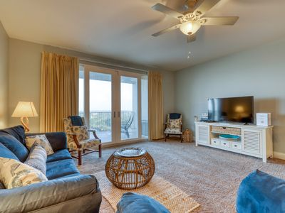 Photo for Recently renovated condo w/ 5 shared pools, hot tub & views - walk to the beach!