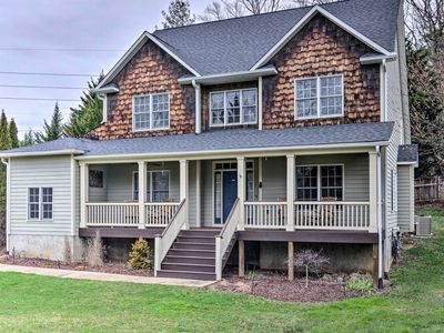 Photo for 3BR House Vacation Rental in Arden, North Carolina