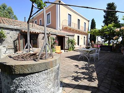 Photo for Villa Carlina A: A cozy and welcoming apartmentwith the strong charachter which derives from it actually being a restored old oil mill.