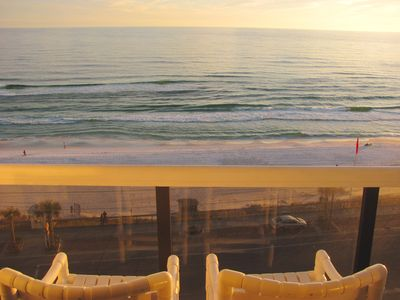 Unobstructed Beach view.. Beach Chairs & Umbrella included....Free fast WIFI