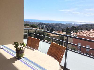 Photo for 2 bedroom apartment / 4 pers center Vence, near Nice