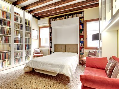 Photo for Comfortable apartment for 4 people in the characteristic Giudecca district