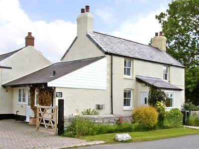 Photo for WERN BACH, pet friendly, country holiday cottage in Caerwys, Ref 2841