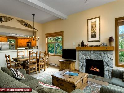 Photo for Ski in/Out /Private Hot-Tub/Luxury End Unit/Awesome Views