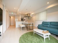 Brand new apartment well equipped and very clean. Great value for the price. Very helpful staff. We