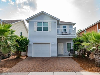 Photo for Beautiful Contemporary 3-Bed Home in Inlet Beach!