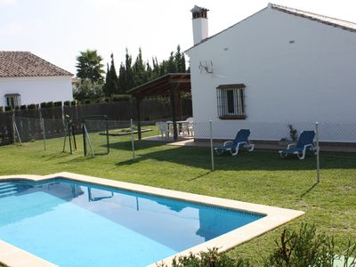 Photo for Idependiente house with private pool in Conil de la Frontera
