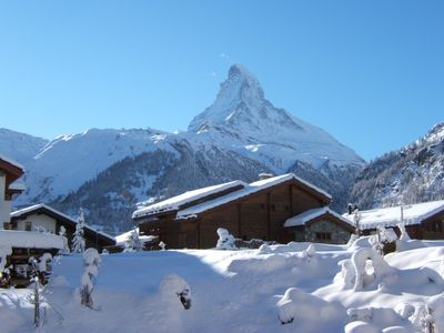 Photo for Family friendly 3 bedroom apartment with private garden, Matterhorn views