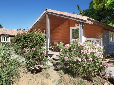 Photo for Beautiful chalet park in the green with lovely pool, near Cassis