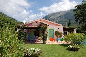 Photo for 5 bedroom Villa, sleeps 10 in Maratea with Pool and WiFi