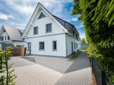 Photo for Holiday home for 8 guests with 110m² in Zingst (60551)