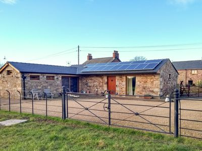 Photo for DEEKSWOOD, romantic, luxury holiday cottage in Pilling, Ref 904025