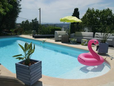 Photo for Bourgeois villa with pool on hill Niçoise