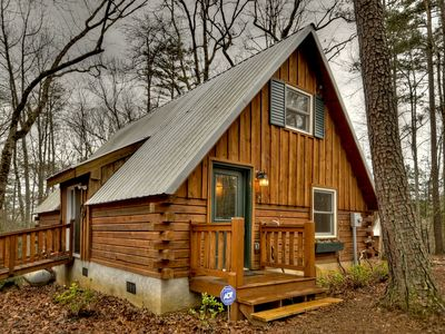 Photo for Quaint, secluded cabin rental