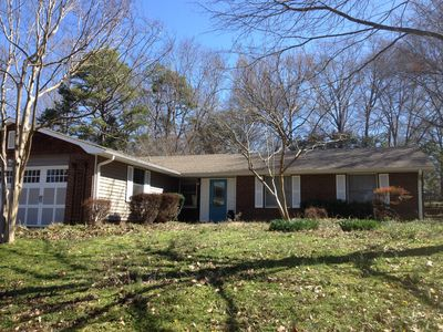 Photo for Warm 3 BR Cozy Ranch in Friendly South Charlotte