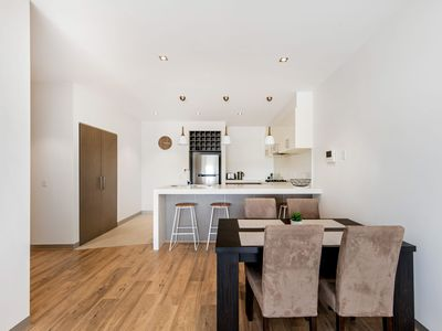 Photo for 1BR Apartment Vacation Rental in Mornington, VIC