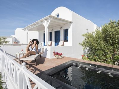 Photo for OIA SUNSET - Villa TOPAZ | 2 Bedrooms & Private Jacuzzi