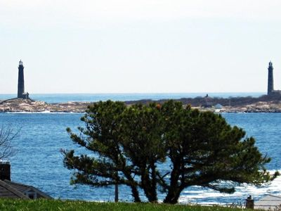 Photo for WEE COTTAGE BY THE SEA, OCEAN & LIGHTHOUSE VIEWS, WALK TO BEACHES