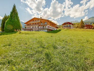 Photo for 4 bedrooms for 8 people in a magnificent chalet facing Mont Blanc