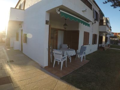 Photo for Apartment with swimming pool, and beach very close.