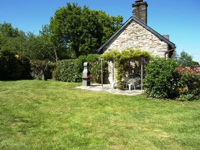 Walnut Cottage large, private and enclosed garden