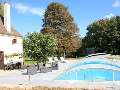 Photo for Elegant mansion of the nineteenth century with swimming pool