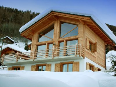 Photo for Exquisite modern Chalet in the Heart of 4 Valleys/Verbier Ski Region