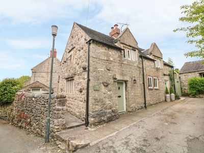 Photo for SUNDIAL COTTAGE, pet friendly in Brassington, Ref 939845