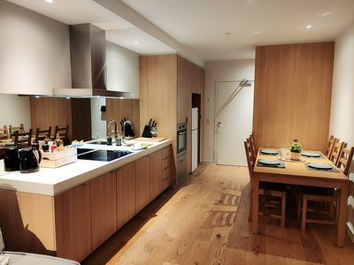 Photo for Luxurious 2BR in the heart of Melbourne CBD