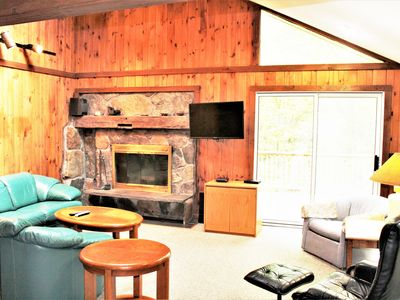 Photo for Beautiful Chalet! Near to Mt. Snow. Hot Tub, Fireplace, Sleeps 12
