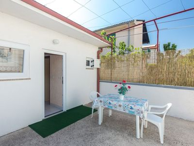 Photo for Studio with air conditioning and terrace