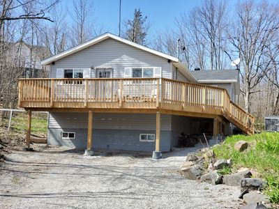 Photo for Peaceful Upscale Muskoka Cottage, 3 Bedroom, Hot Tub, WiFi, Satellite