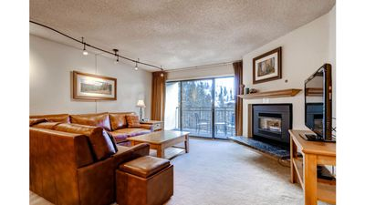 Photo for Great Timeshare Condo Close To Vail Village And Free Shuttle To Slopes. Week 3