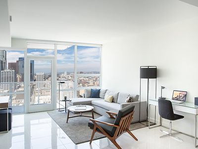 Photo for Apartment Olive Street in Los Angeles - 4 persons, 1 bedrooms
