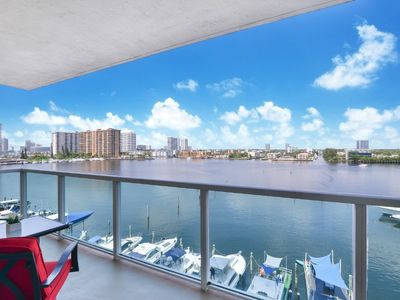 Photo for 2BR Luxury condo Sunny Isles. PET FRIENDLY