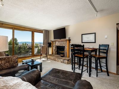Photo for Great views & easy ski access - plus shared, indoor pool, hot tub, & gym