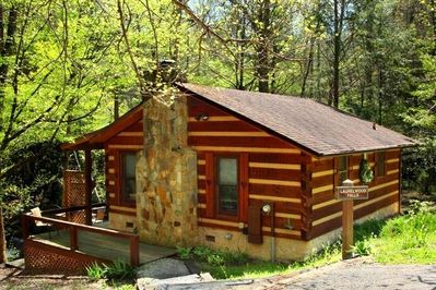 Laurelwood Falls Cabin-Front of Cabin