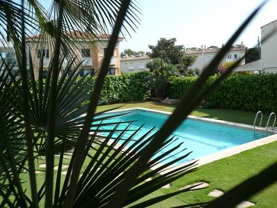 Photo for Stylish Apartment With Communal Pool Close To The Sea