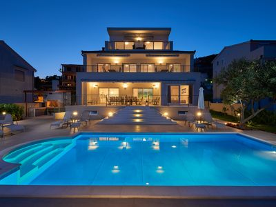 Photo for Brand new luxury beachfront villa with private pool and apartments